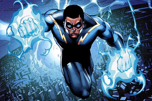 black-lightning-fox-cw-pic
