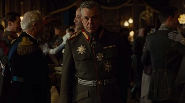 Danny-Huston